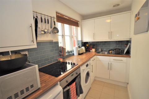 1 bedroom flat to rent - High Street, Baldock, SG7