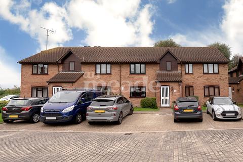 1 bedroom flat for sale - Godwin Close, Sewardstone Road, Chingford, E4
