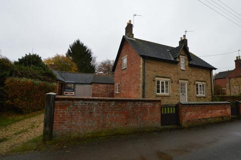 3 bedroom cottage to rent - Main Street, Knipton, NG32