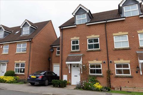 4 bedroom semi-detached house to rent - Hurlingham Road, Market Harborough