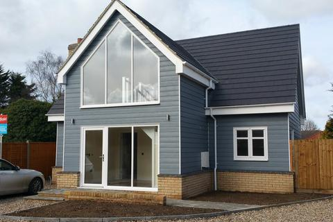 3 bedroom detached house to rent - Mill Road, Brandon, Suffolk, IP27