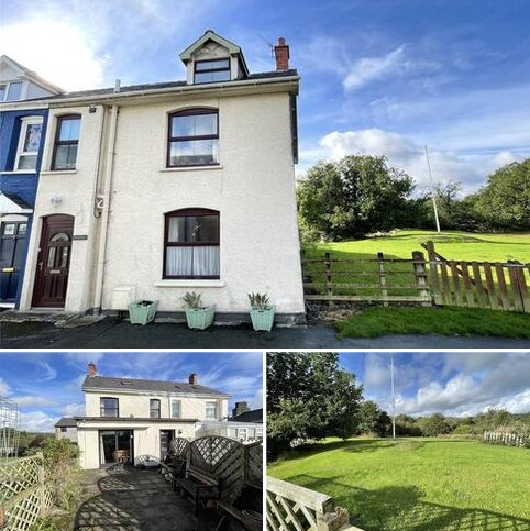 4 bedroom semi-detached house for sale - Castle Road, Rhayader, Powys, LD6