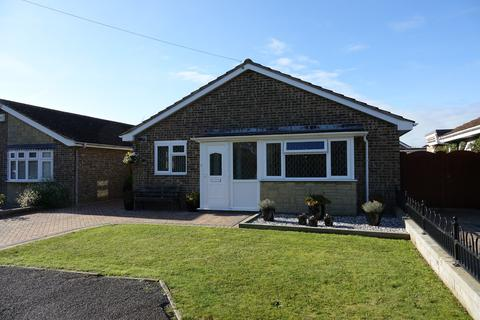 3 bedroom detached bungalow for sale - Drift Road, Selsey