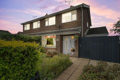 3 bedroom semi-detached house for sale - Churchill Road, Oakham LE15 6LH