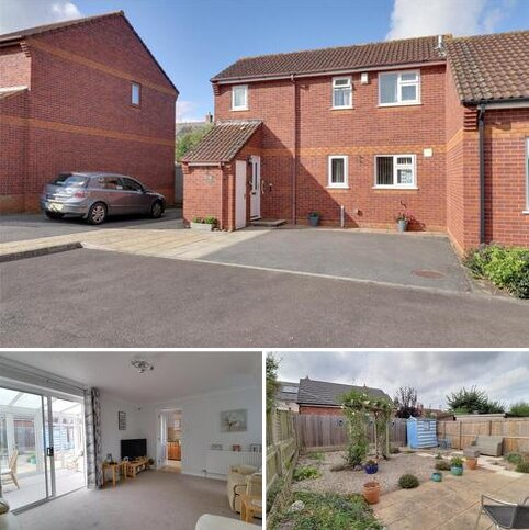 2 bedroom semi-detached house for sale - Lapwing Close, Alcombe