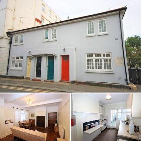 2 bedroom ground floor flat for sale - Coombe House, Peter Street