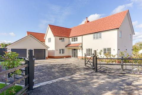 5 bedroom detached house for sale - 'East House', Common View, Bumble Green, Nazeing, EN9