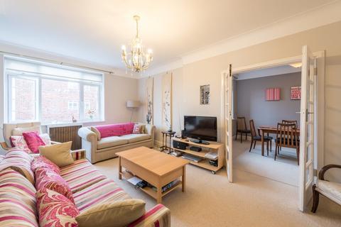 3 bedroom apartment for sale - Hillfield Court, Belsize Avenue