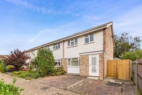 3 bedroom end of terrace house for sale - Wicks Road, Billingshurst, West Sussex