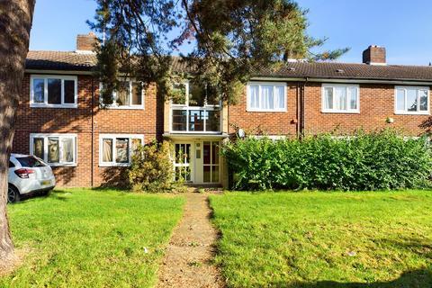 1 bedroom flat to rent - Heronswood Road, Welwyn Garden City, AL7