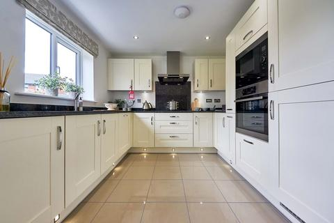 4 bedroom detached house for sale - The Downham - Plot 376 at Stoneley Park, Stoneley Park, Broad Street CW1