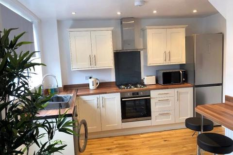 5 bedroom terraced house to rent - Marypole Road, Exeter
