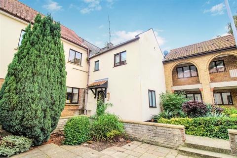 1 bedroom flat for sale - North Hirne Court, St. Anns Street, King's Lynn