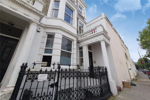 2 bedroom flat for sale - Barton Road, London, W14