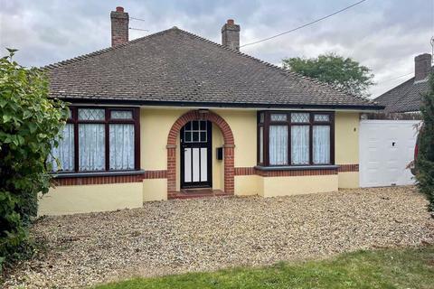 3 bedroom detached bungalow to rent - Croft Lane, Diss