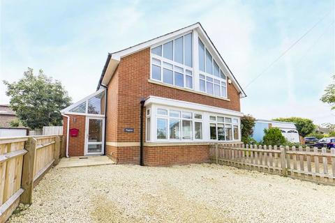 3 bedroom semi-detached house for sale - Hayes Road, Cheltenham, Gloucestershire