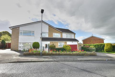5 bedroom detached house for sale - Fairfield Drive, Burnley