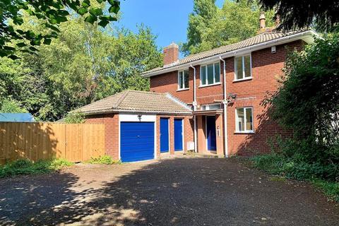5 bedroom detached house to rent - St Philips Vicarage, 67 Beechcroft Road