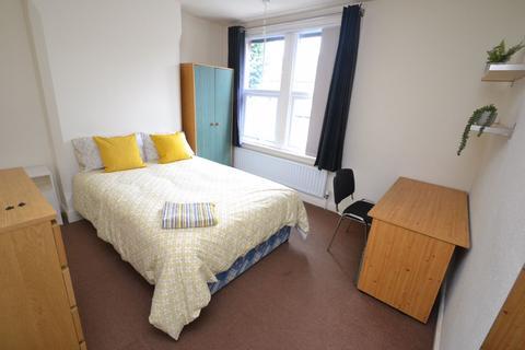 3 bedroom house to rent - Portland Road, NG2 - NTU