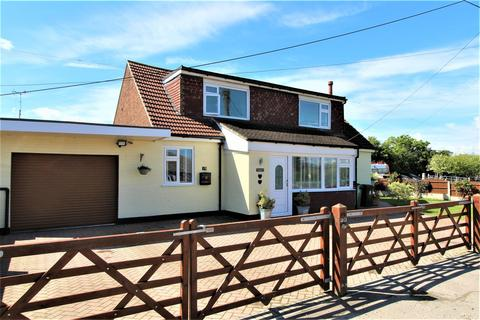 4 bedroom house for sale - Mustards Road, Leysdown-On-Sea, Sheerness