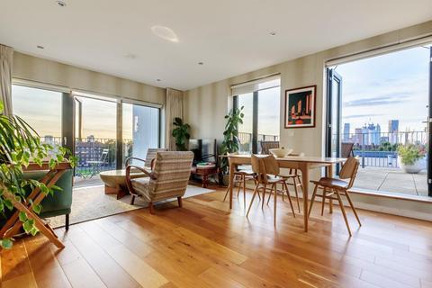 2 bedroom flat for sale - Eythorne Road, Oval