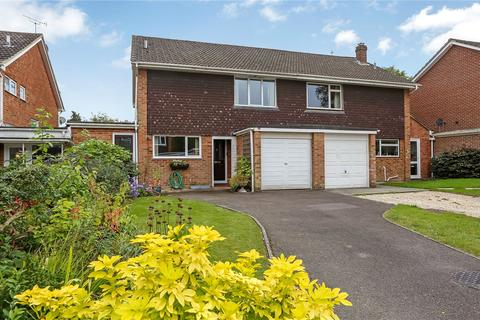 3 bedroom semi-detached house for sale - Grayshott Close, Winchester, SO22