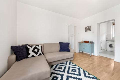 3 bedroom apartment to rent - Holman Hunt House, Hammersmith, London, W6