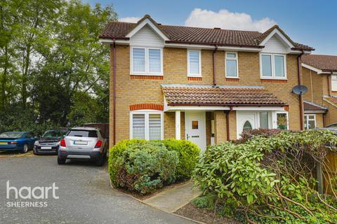 2 bedroom semi-detached house for sale - Mount Field, Queenborough