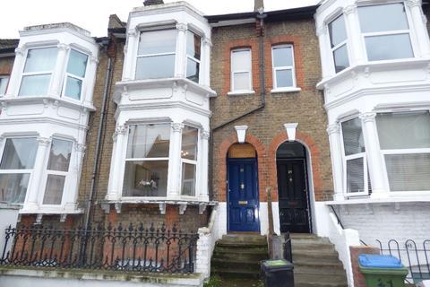 3 bedroom terraced house to rent - Floyd Road, London
