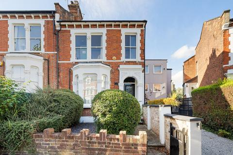 2 bedroom apartment for sale - Cromwell Avenue, Highgate, N6