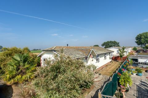3 bedroom mobile home for sale - Honeysuckle Drive, Nyetimber, Bognor Regis, West Sussex, PO21 3PT