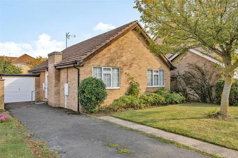 3 bedroom bungalow for sale - Victoria Road, Oundle, Peterborough, PE8