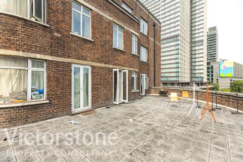 Studio to rent - Warren Court, Warren Street, Fitzrovia, London, NW1