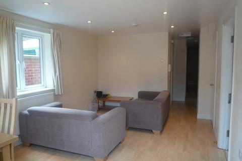 3 bedroom apartment to rent - Cowley Road, Oxford