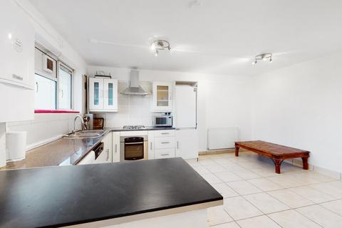 3 bedroom apartment to rent - Brunswick Close, EC1V