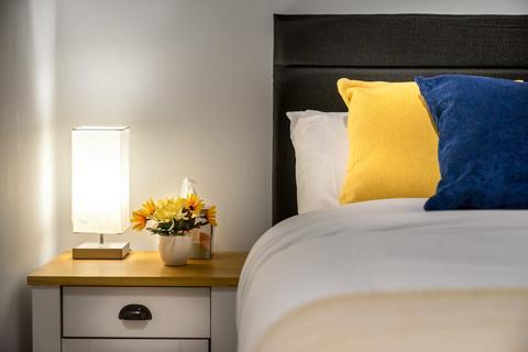 2 bedroom flat to rent - Graeme road, London, EN1