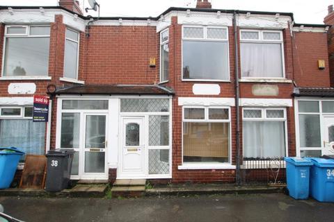 2 bedroom terraced house to rent - Jesmond Gardens, Hull, HU9 3DG