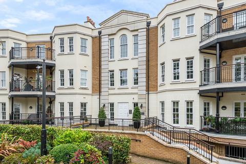 2 bedroom flat for sale - Westerham Road Keston BR2