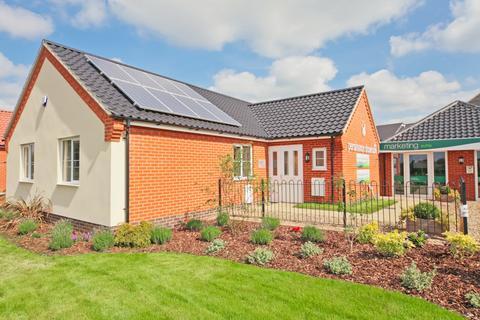 3 bedroom bungalow for sale - Plot 135, The Beaulieu at Buckton Place, Johnsons Farm, Saxmundham Road IP16