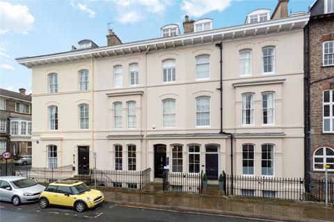 2 bedroom penthouse for sale - Driffield Terrace, York, YO24