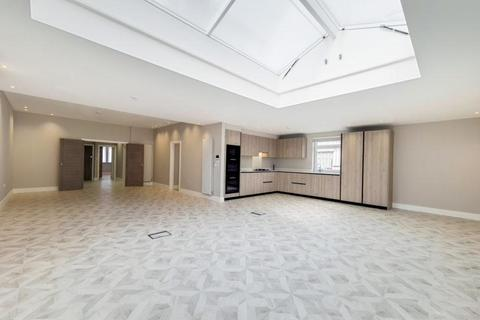 3 bedroom flat to rent - The Drive, Golders Green NW11