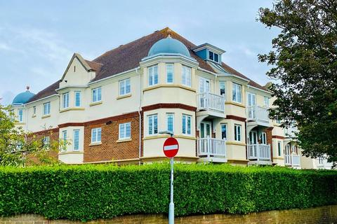 2 bedroom apartment for sale - Sea Road, East Preston, Littlehampton