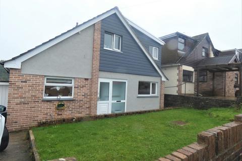 4 bedroom detached house to rent - Chantal Avenue, Pen-y-Fai