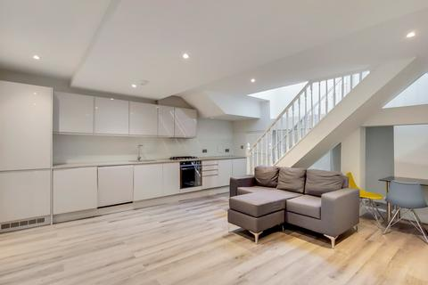 3 bedroom apartment to rent - Hornsey Road, London, N19