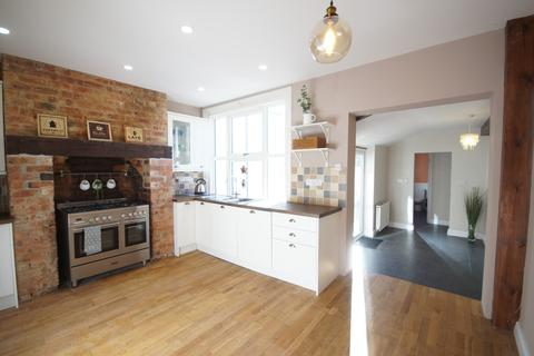 4 bedroom end of terrace house to rent - Colegrave Street, Lincoln