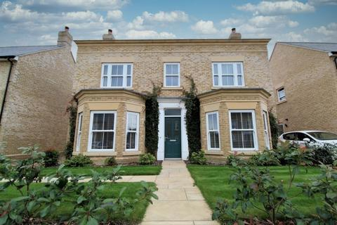 4 bedroom detached house for sale - Cambridge Drive, Lawford, Manningtree