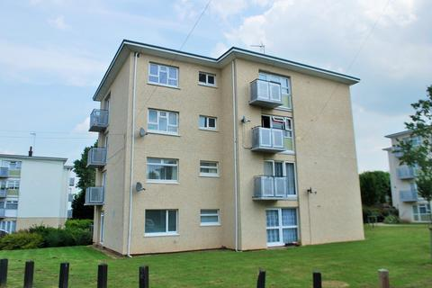 2 bedroom ground floor flat to rent - Rosemary Close