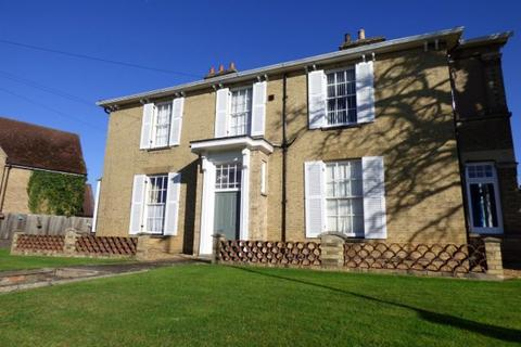 2 bedroom apartment to rent - Old Court Hall, Huntingdon