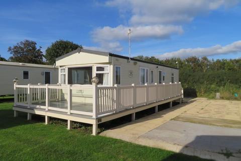 2 bedroom static caravan for sale - Church Lane, East Mersea