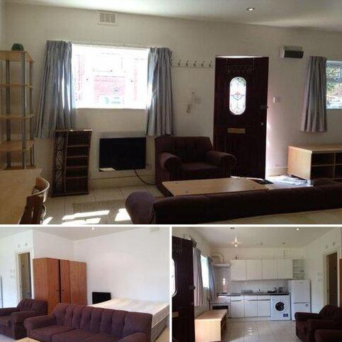 Studio to rent - Large Studio Flat near Uni in Headington